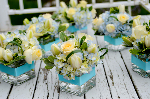 Blue Flower Centerpieces : Blue floral centerpieces bitsy bride