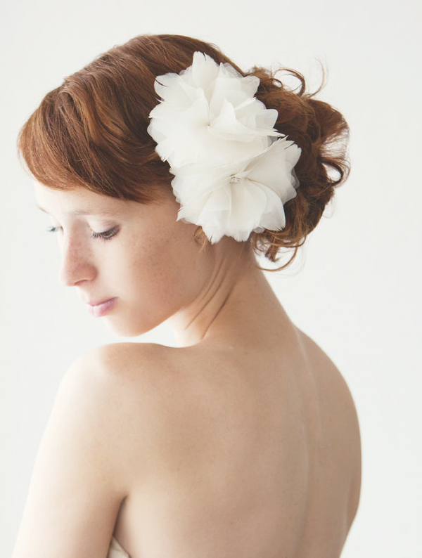 wedding hair accessories flowers