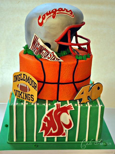 WSU Sports Fan Cake