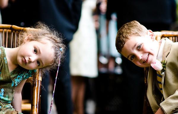 sweet-kids-shot-at-wedding