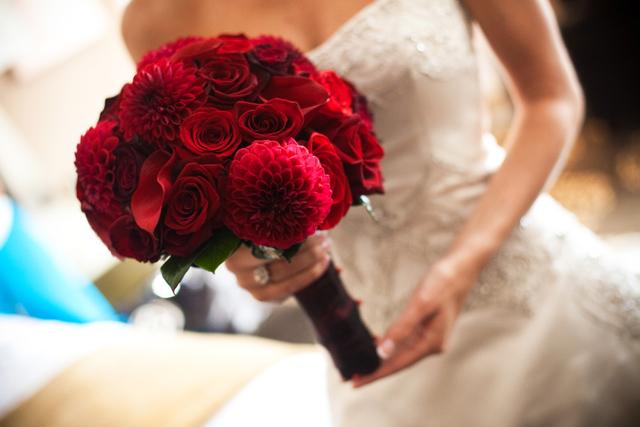 dried-orange-flowers-wedding